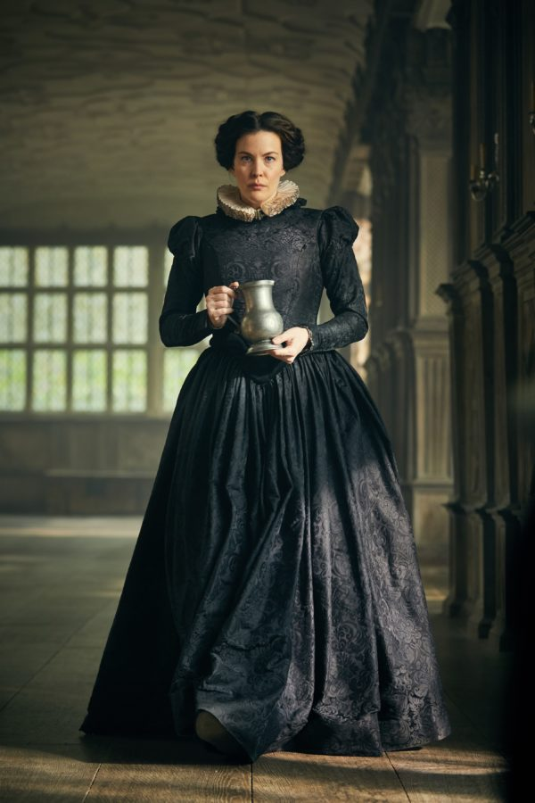 EMBARGOED-UNTIL-6AM-BST-28-AUG-2017-Liv-Tyler-in-Gunpowder-coming-to-BBC-One-this-Autumn.-Photo-by-Robert-Viglasky-600x900