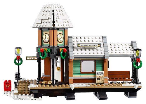 LEGO-Winter-Village-Station-4