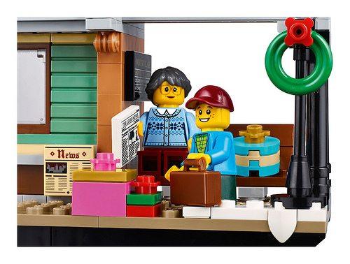 LEGO-Winter-Village-Station-9
