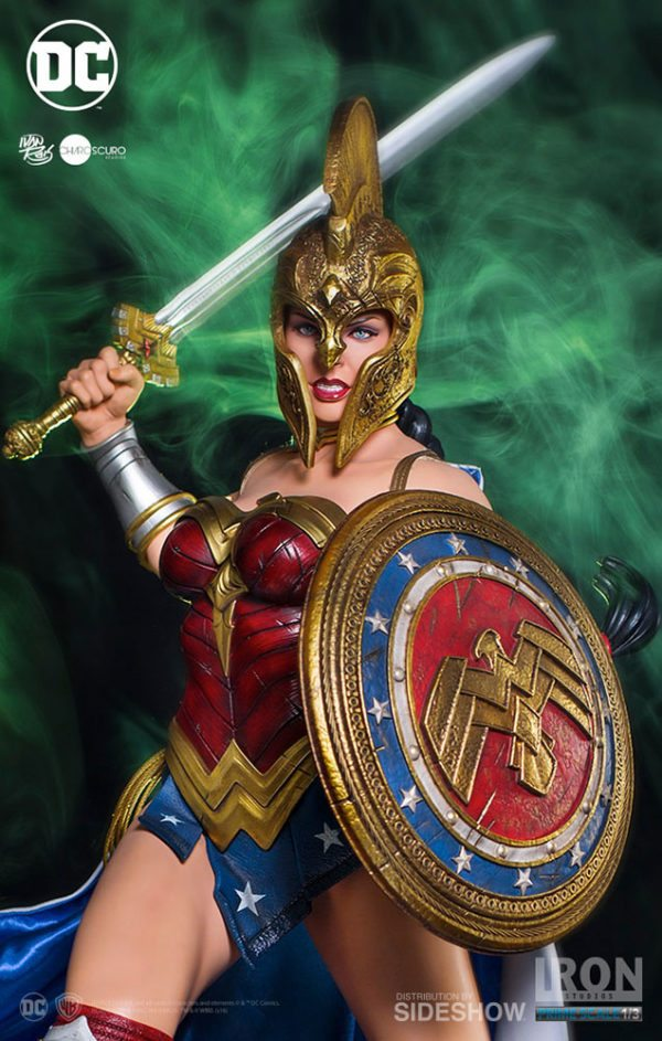 Prime-Scale-Wonder-Woman-statue-3-600x943