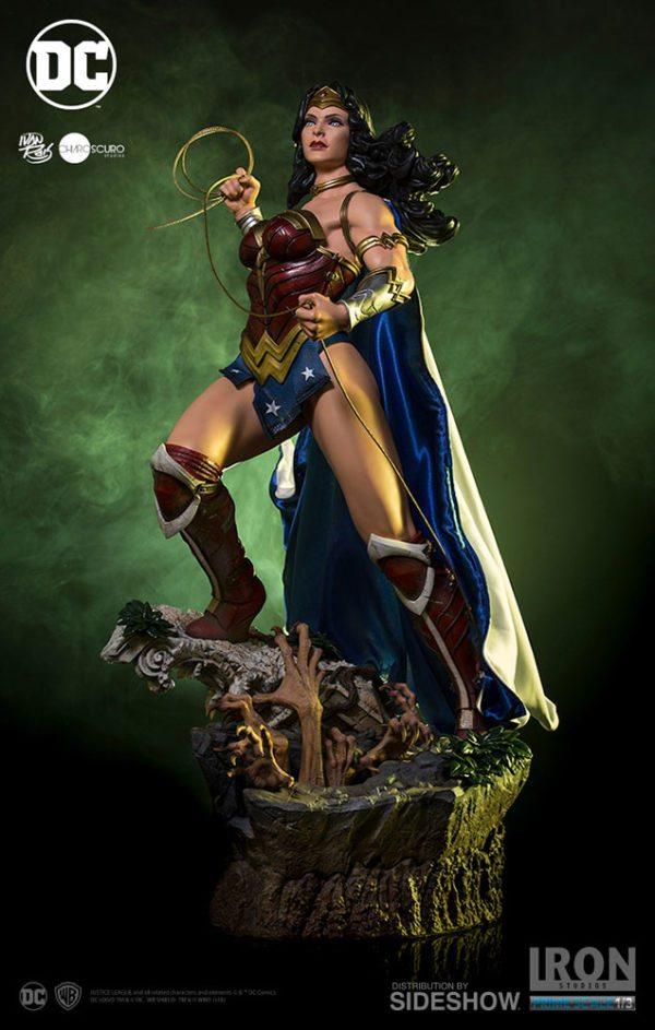 Prime-Scale-Wonder-Woman-statue-6-600x943
