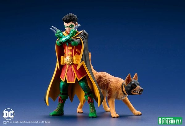 Super-Sons-Robin-Ace-the-Bat-Hound-2-Pack-1-600x408