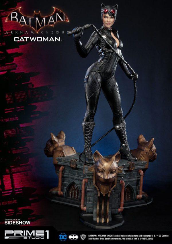dc-comics-batman-arkham-knight-catwoman-statue-4-600x849