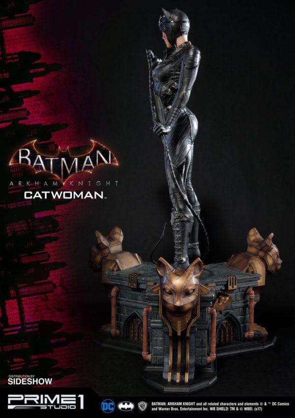 dc-comics-batman-arkham-knight-catwoman-statue-7-600x849