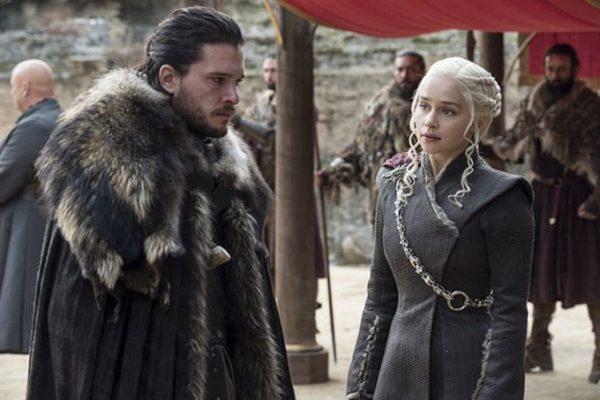 jon_snow_and_daenerys-600x400