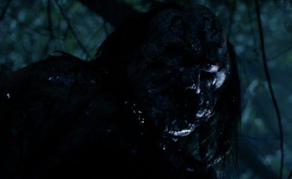 victor-crowley-hatchet-horror-movie-2-600x369