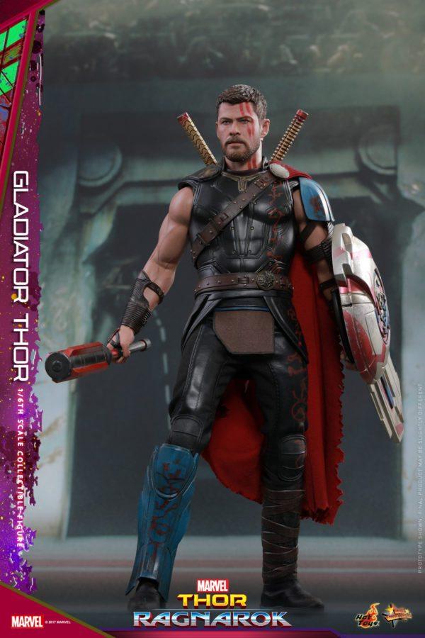 Hot-Toys-Thor-Ragnarok-Thor-Gladiator-figure-2-1-600x900