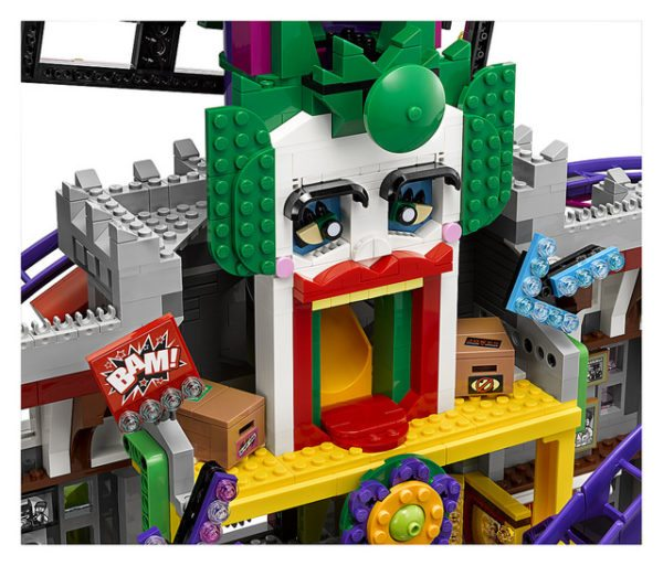 LEGO-Joker-Mansion-7-600x513