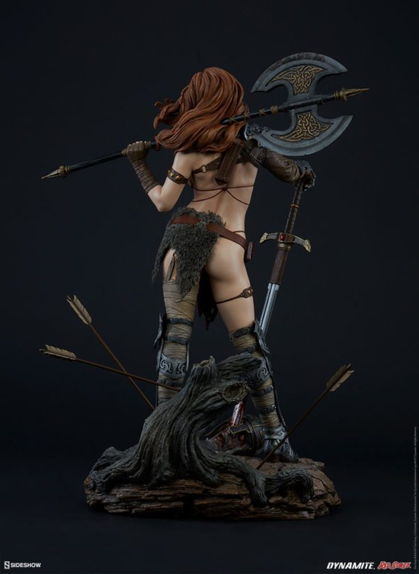 Red-Sonja-figure-4-600x821