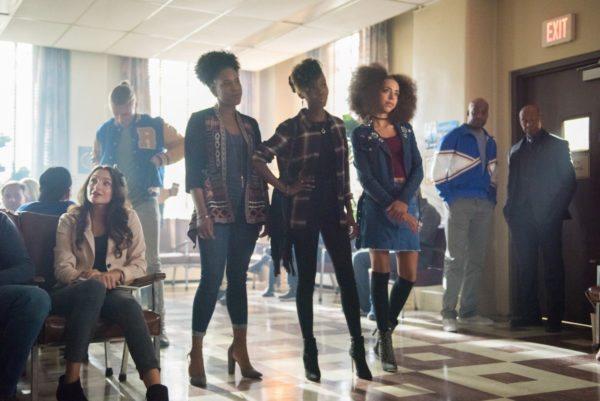 Riverdale-s2-premiere-14-600x401