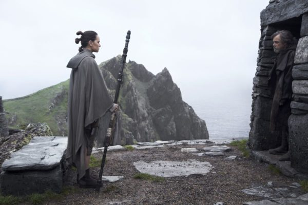 Star-Wars-The-Last-Jedi-7-5-600x400