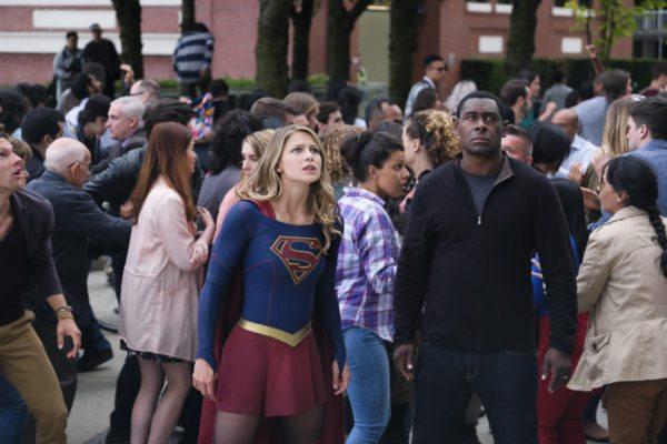 Supergirl-301-2-600x400