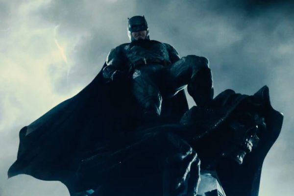 justice-league-batman-poster-trailer-tease-600x400