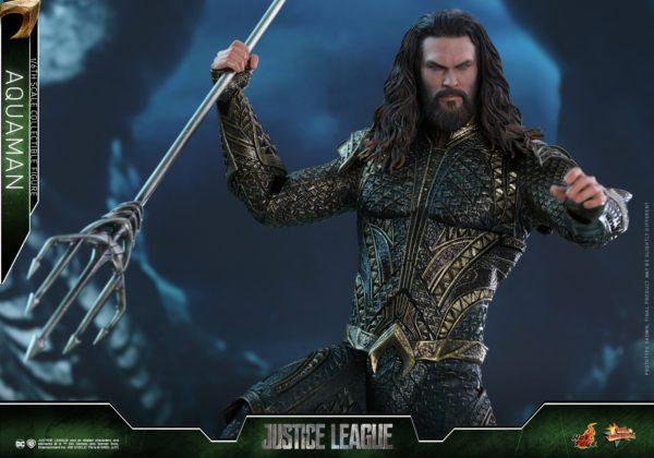 Aquaman-Justice-League-Hot-Toys-6-600x420