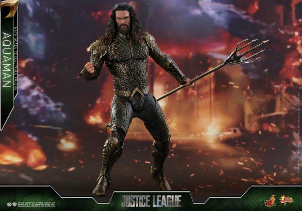 Aquaman-Justice-League-Hot-Toys-8-600x420