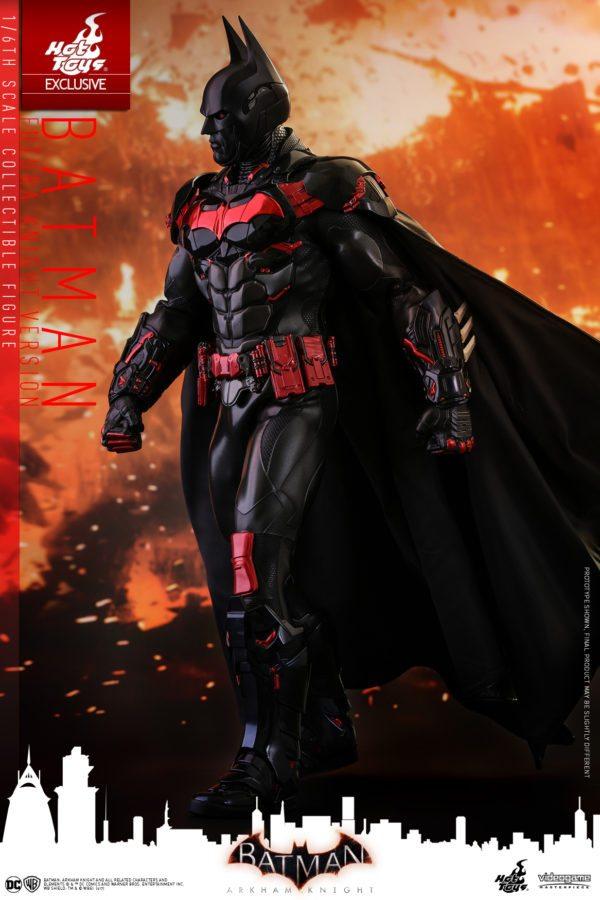 Batman-Futura-Knight-Version-Collectible-Figure-1-600x900