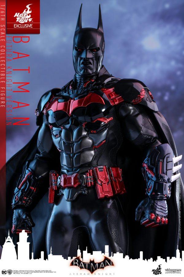 Batman-Futura-Knight-Version-Collectible-Figure-4-600x900