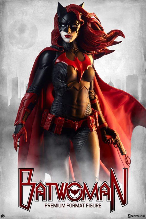 Batwoman-Sideshow-Premium-Format-figure-1-600x900