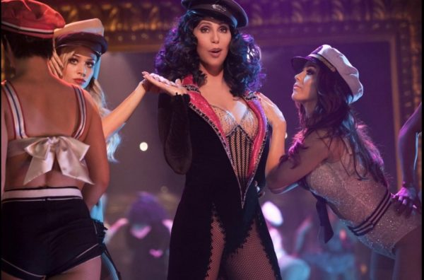 Cher-Burlesque-trailer-2-600x396