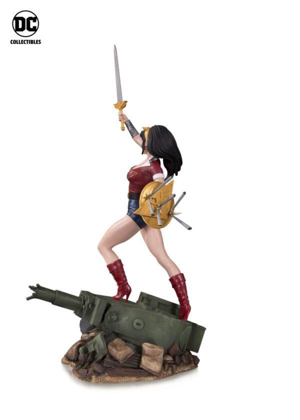 DC-Bombshells-Wonder-Woman-statue-2-600x840