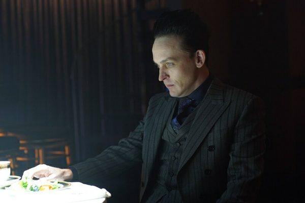 Gotham-406-1-600x401