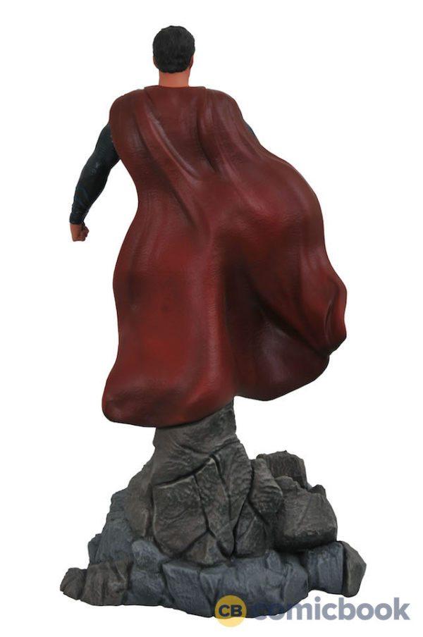 Justice-League-dioramas-2-600x904