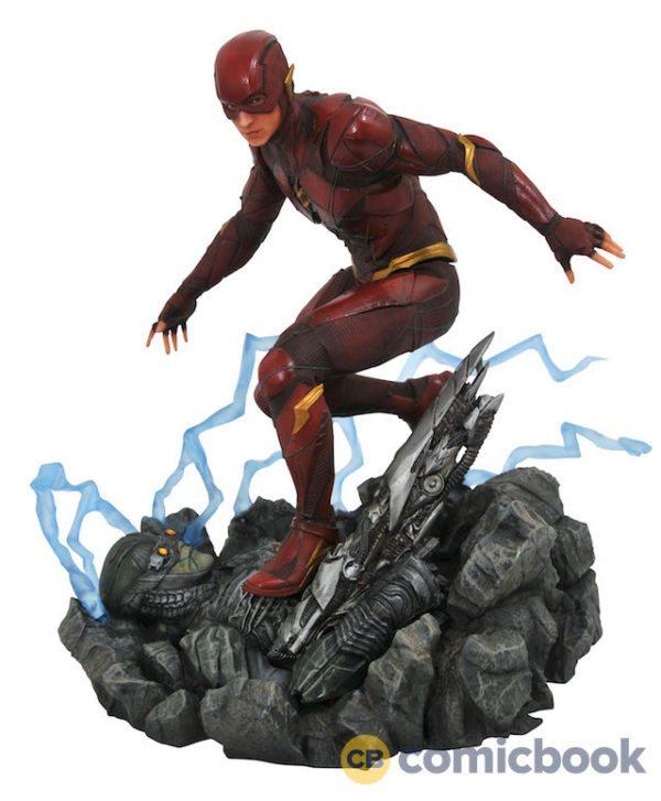 Justice-League-dioramas-3-600x727