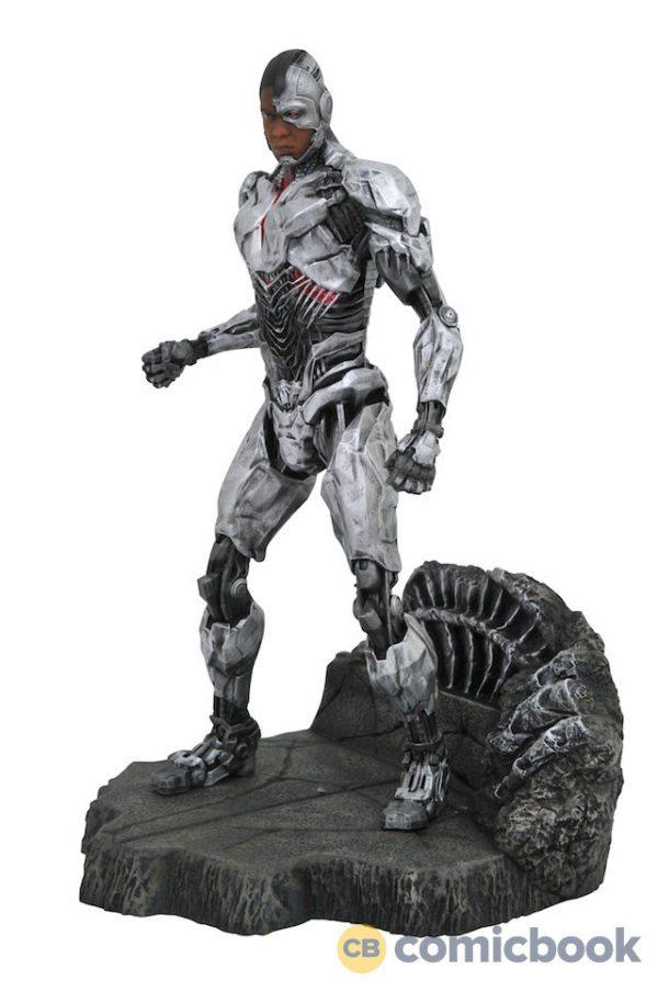 Justice-League-dioramas-5-600x904