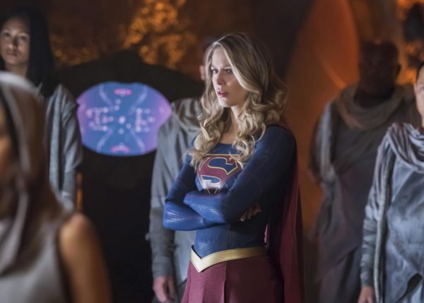 Supergirl-303-7-600x429