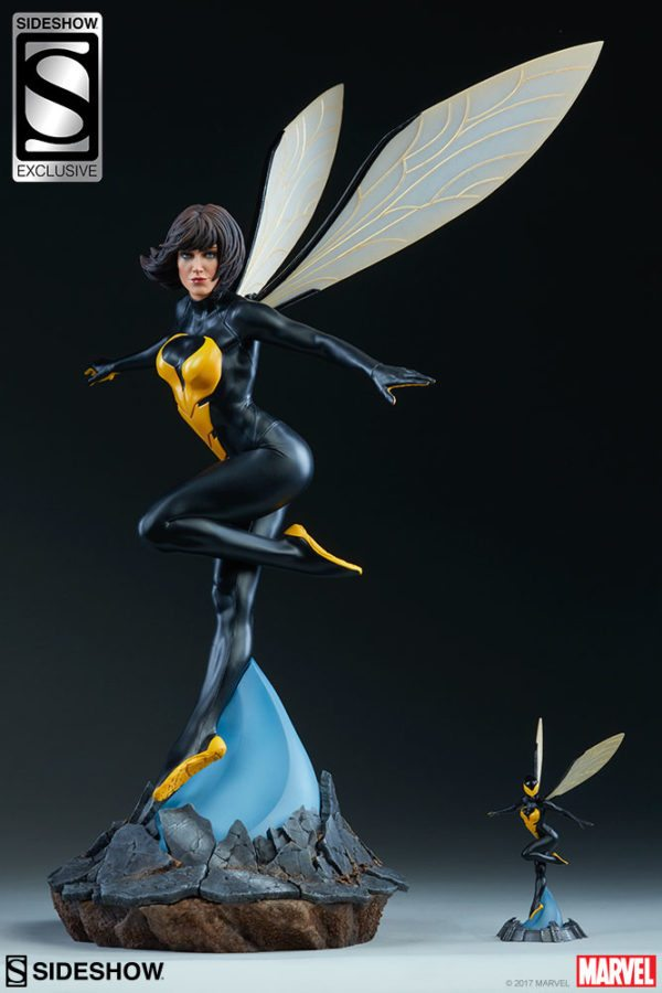 Wasp-Sideshow-statue-1-600x900
