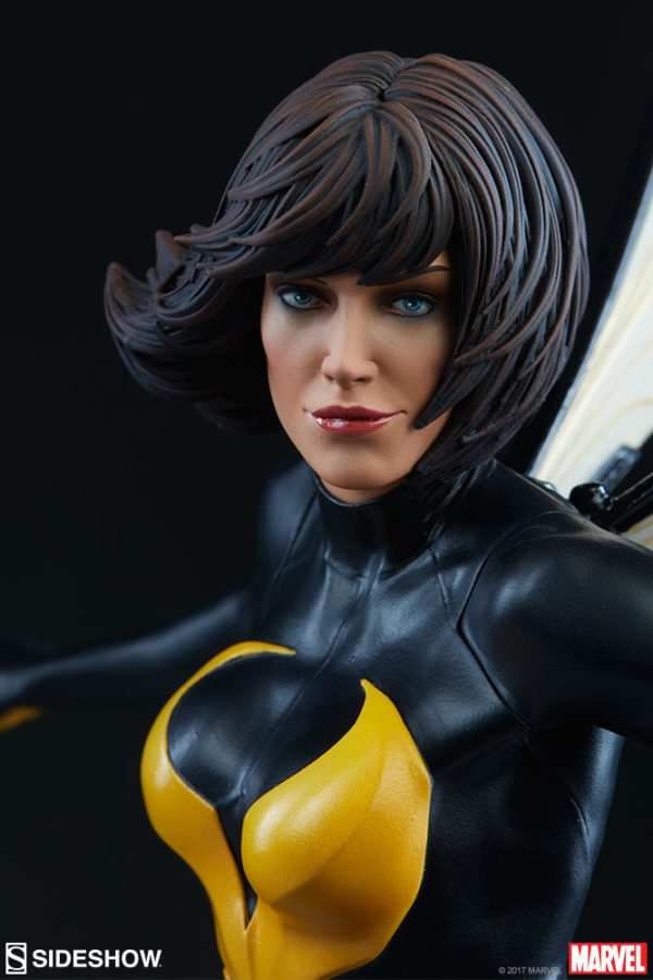 Wasp-Sideshow-statue-6-600x900