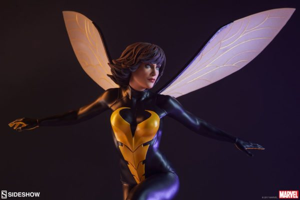 Wasp-Sideshow-statue-7-600x400