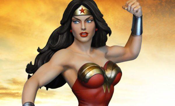 dc-comics-wonder-woman-maquette-tweeterhead-5-600x364