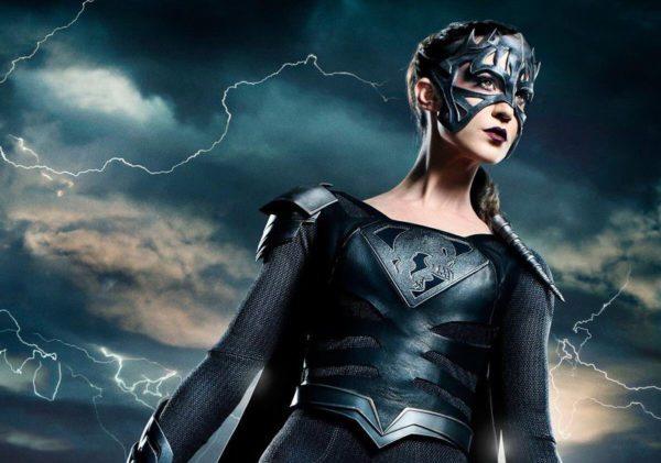 reign-supergirl-1-600x421