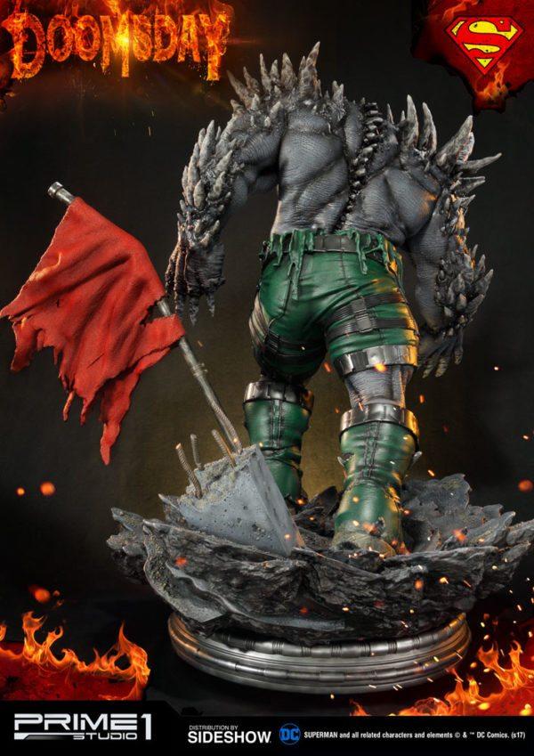 Doomsday-statue-8-600x849