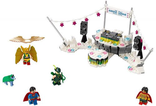 lego joker helicopter with The Lego Batman Movie 2018 Sets Revealed Including The Bat Space Shuttle And Justice League Anniversary Party on Batman Batwing Ang Joker Helicopter Lego Set 24164021 furthermore 5WtWC3XHyxA together with Batman together with Batman V Superman together with Lego 30644 Black Propellor Blade.