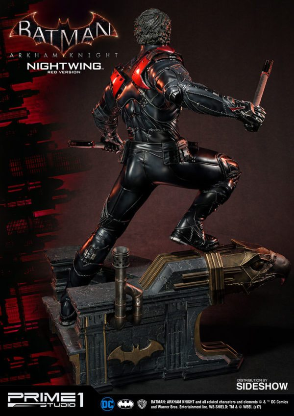 Nightwing-Red-Version-Statue-7-600x849