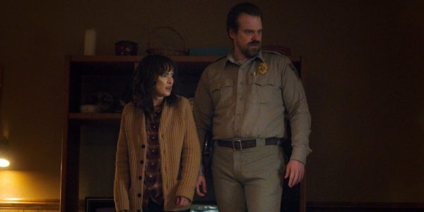 Stranger-Things-Season-1-Hopper-Joyce-600x300