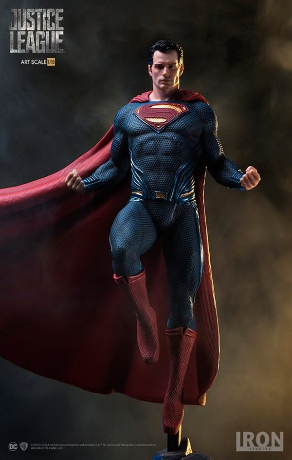Superman-Justice-League-Iron-Studios-statue-1-600x944