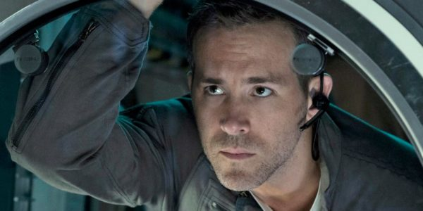 heres-the-creepy-trailer-for-ryan-reynolds-alien-movie-in-space-life-from-the-super-bowl-600x300