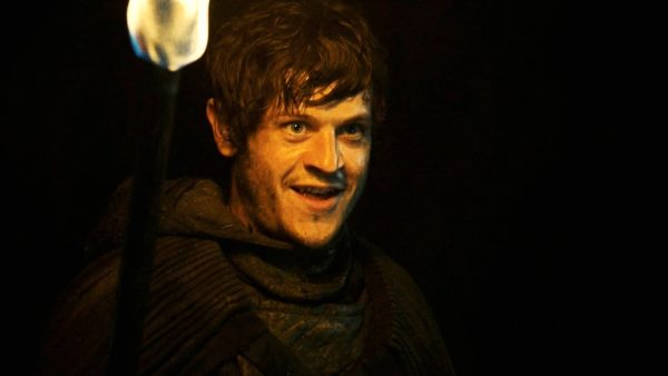 Iwan-Rheon-Ramsay-Bolton-screenshot-600x338