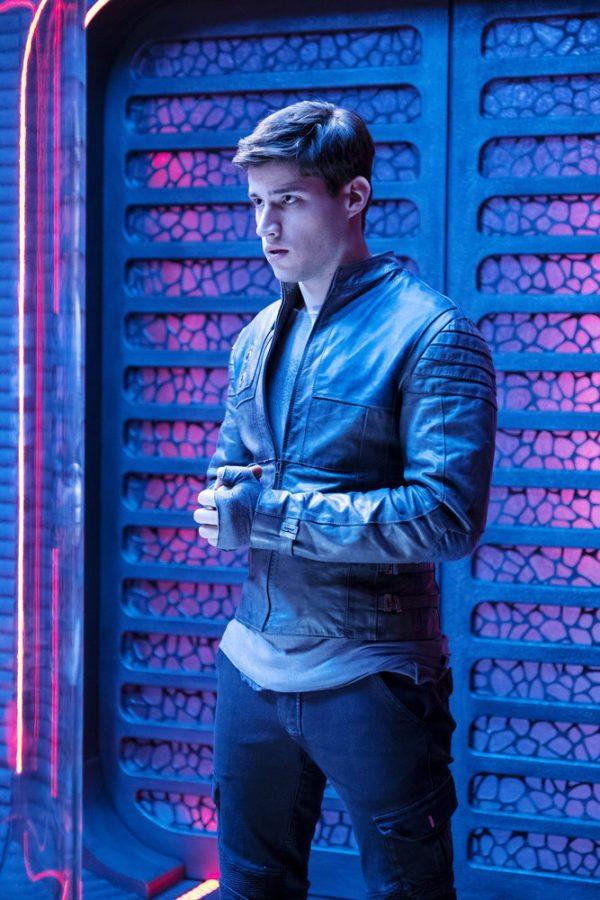 Krypton-pilot-episode-images-3-600x900