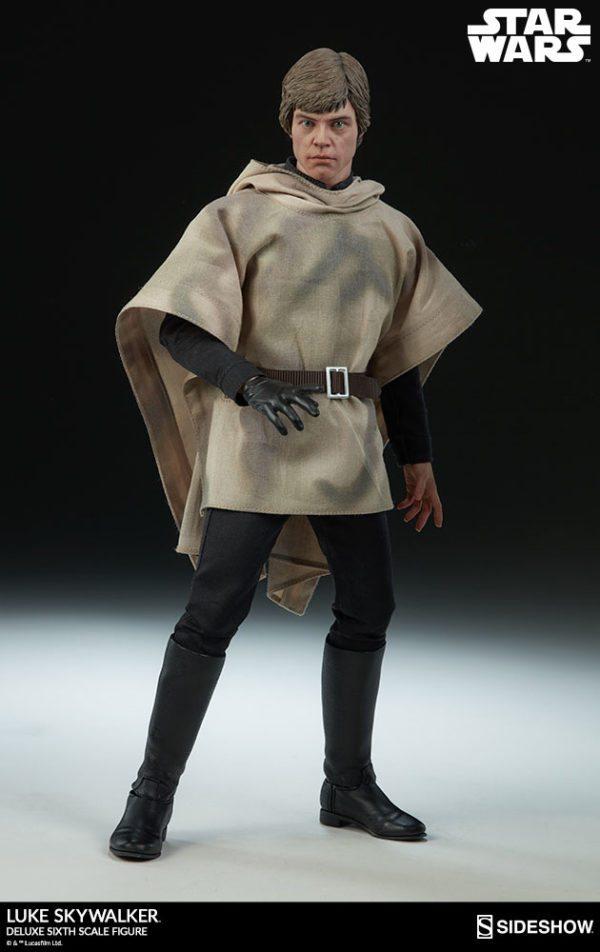 Luke-Skywalker-deluxe-figure-6-600x952