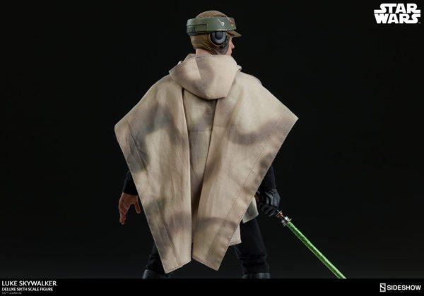 Luke-Skywalker-deluxe-figure-7-600x420