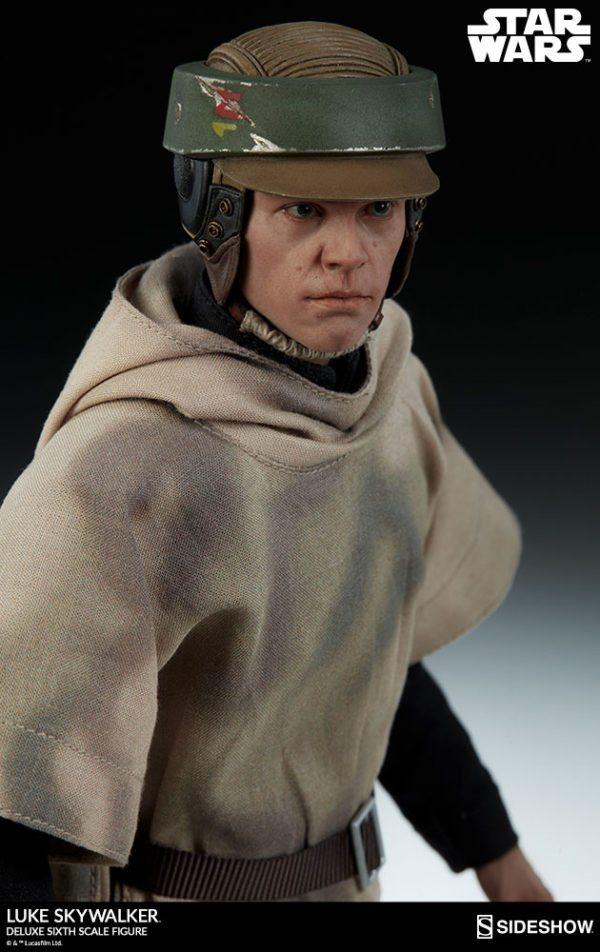 Luke-Skywalker-deluxe-figure-8-600x952