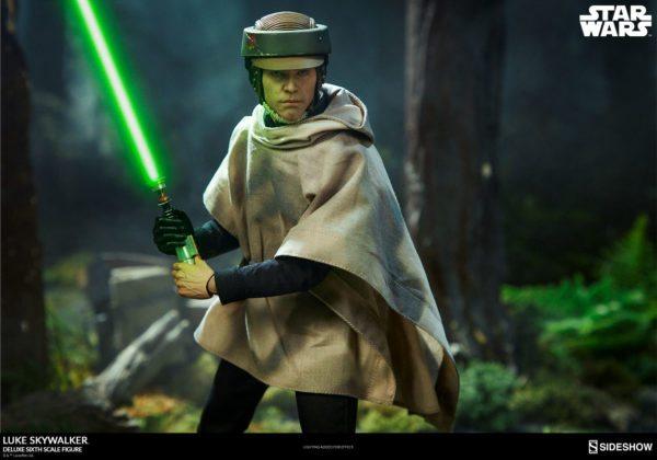 Luke-Skywalker-deluxe-figure-9-600x420