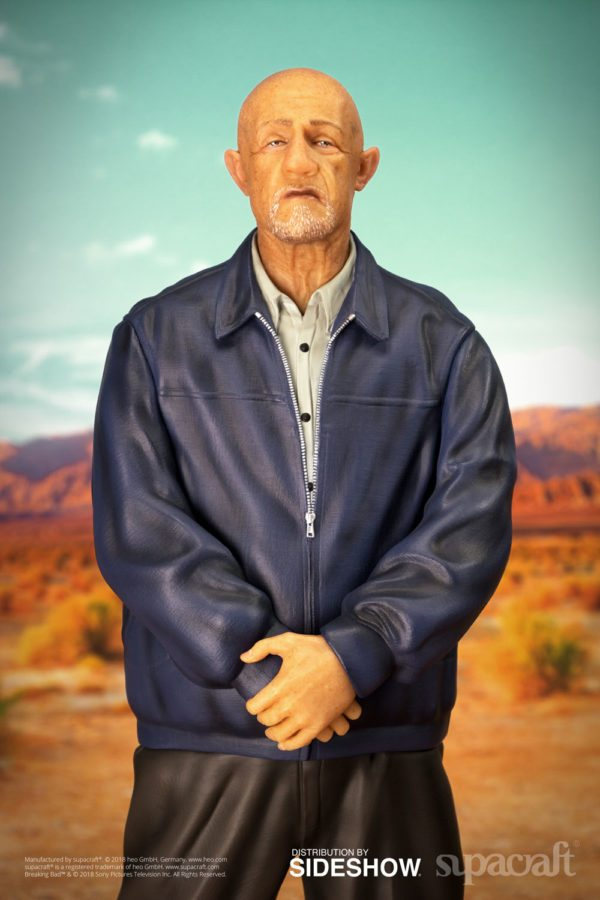 Mike-Breaking-Bad-statue-2-600x900