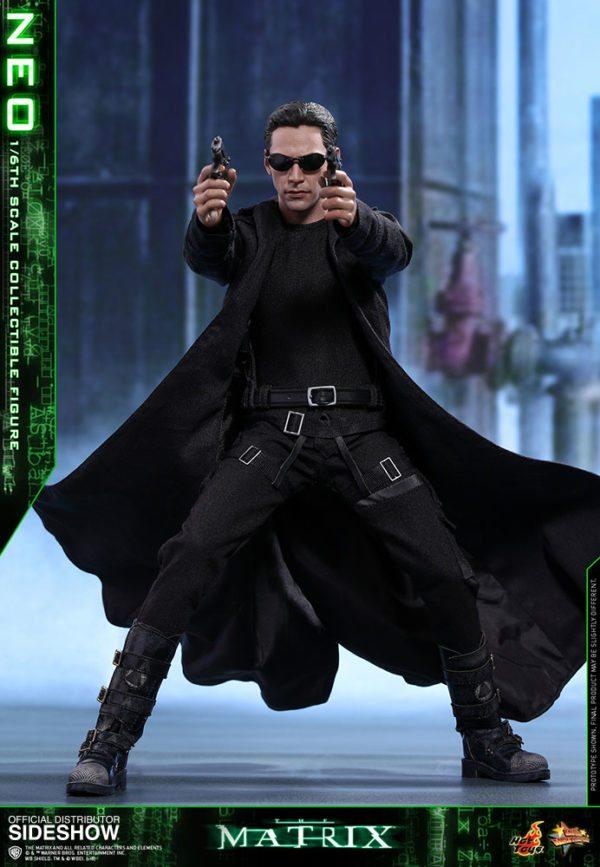 Neo-The-Matrix-figure-2-600x867