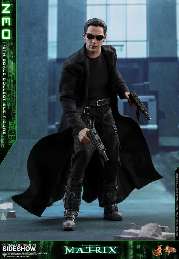 Neo-The-Matrix-figure-3-600x867