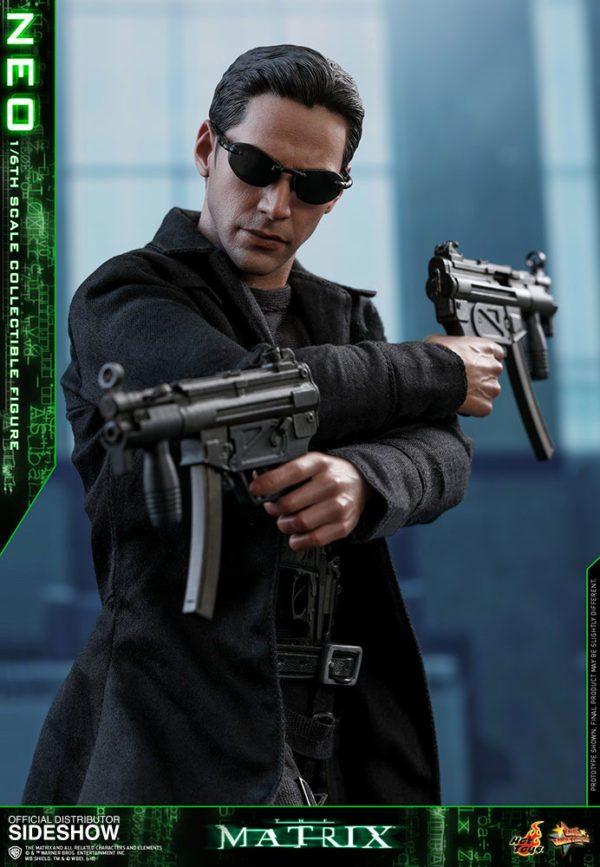 Neo-The-Matrix-figure-6-600x867
